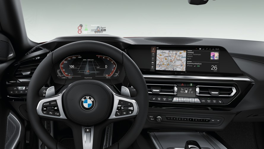 BMW Z4 M40i Armaturen, Display und M Sportlenkrad