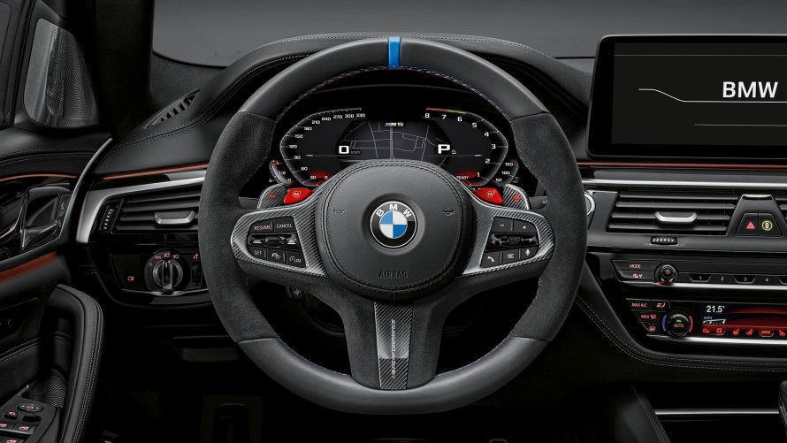 BMW M5 with M Performance steering wheel pro