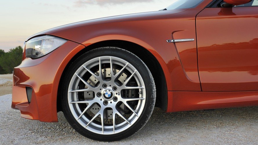 BMW 1 Series M Coupé wheel and air breather