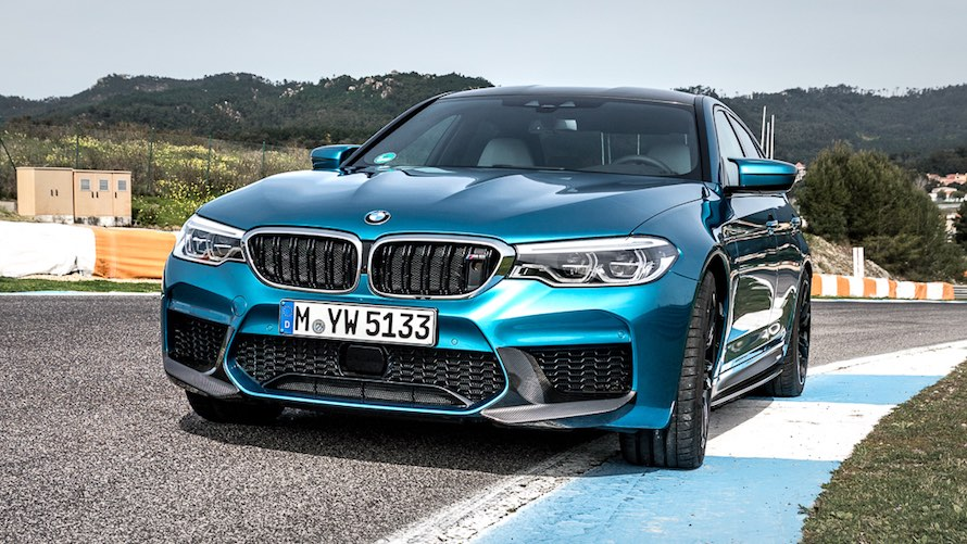 BMW M5 in Snapper Rocks Blue metallic