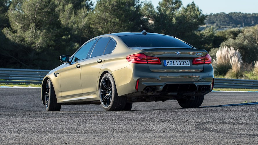 BMW M5 in Special Paint Messing metallic