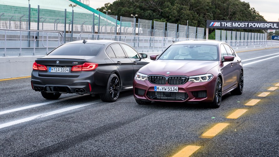 BMW M5 in Special Paint Frozen Dark Red metallic