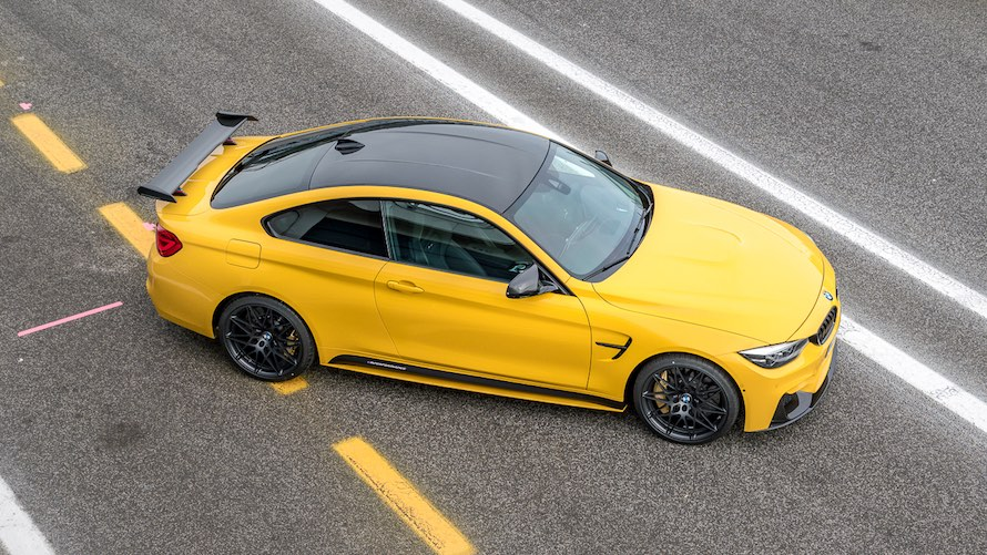 BMW M4 Coupé in Special Paint Speed Yellow with M Performance Parts