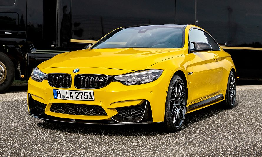 BMW M4 Speedgelb