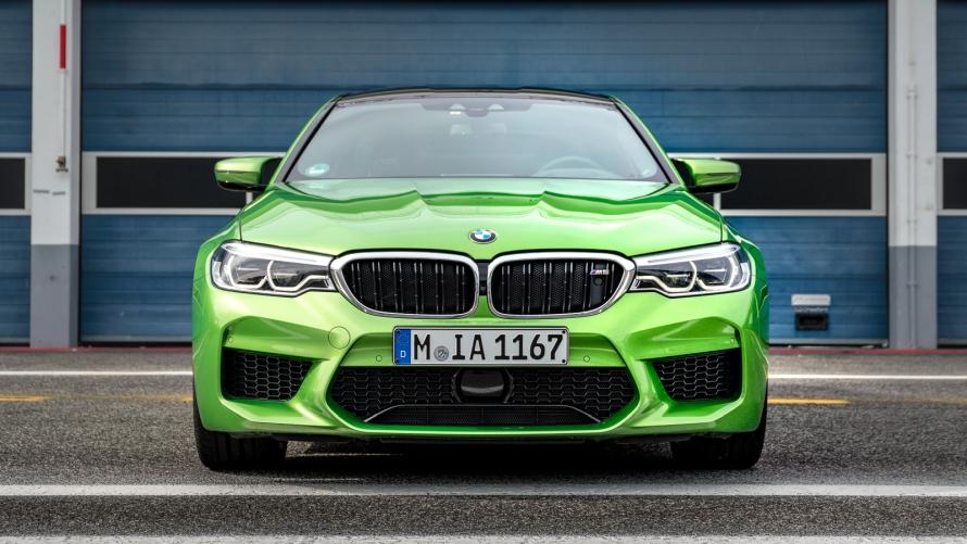 BMW M Colours Vol  6 - BMW M5 in Java Green metallic