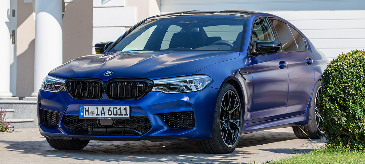 BMW M5 Competition Frozen Marina Bay Blue metallic in M Town