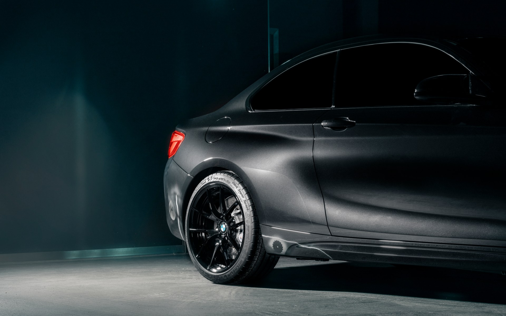 BMW M2 Edition designed by FUTURA 2000 Wallpaper