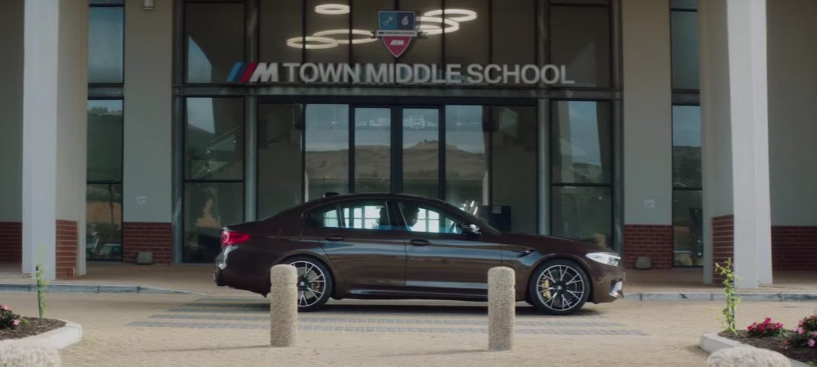 School in BMW M Town.