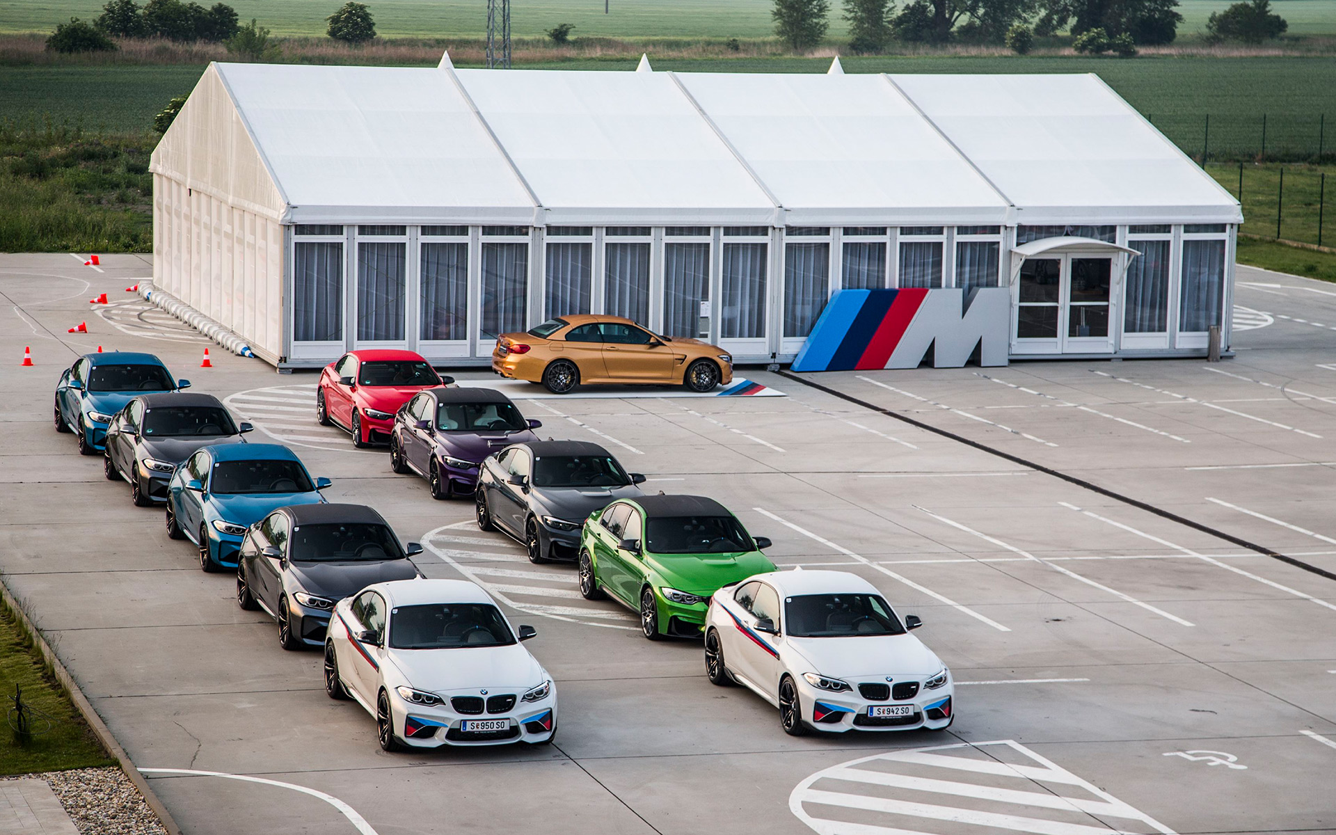 BMW M Drive Tour, M2 Coupe, M3 Sedan, M4 Coupé